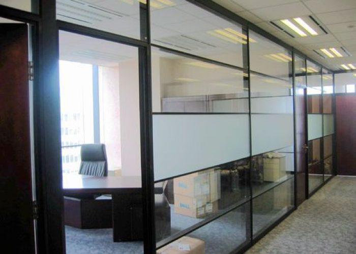 aluminum-office-partition-500x500